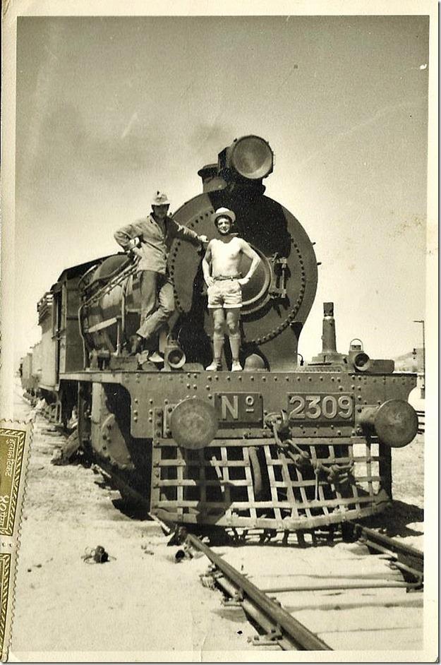 Lokomotive Wasserzug von Zahedan Iran nach Pakistan 1965